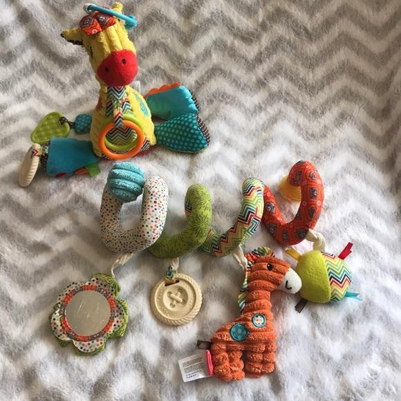 Infantino Car Seat Toys EUC